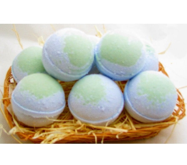 Blackberry and Sage Bath Bomb