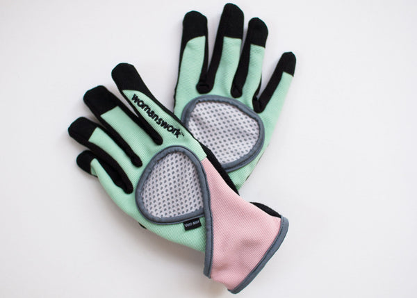 high performance gloves with vent-max