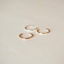Delicate hammered ear cuff in sterling silver, 9ct rose gold and 9ct yellow gold