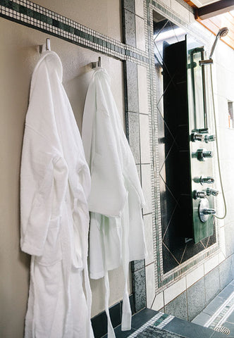 5fdf9a38df How to Choose The Right Bathrobe Before Purchasing
