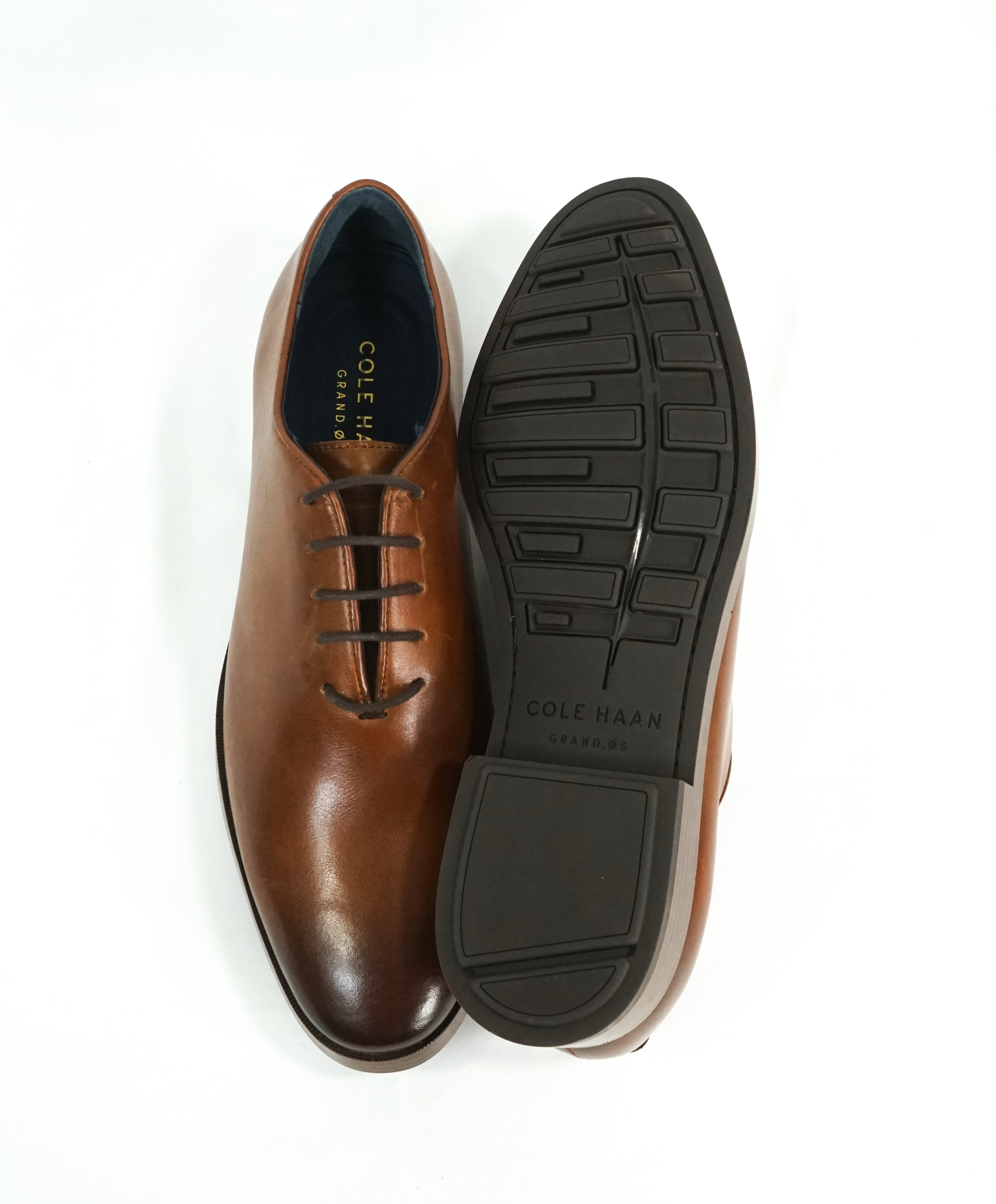 "COLE HAAN - Air Grand OS ""Jefferson Wholecut"" Sleek Brown Padded Oxfords - 9"