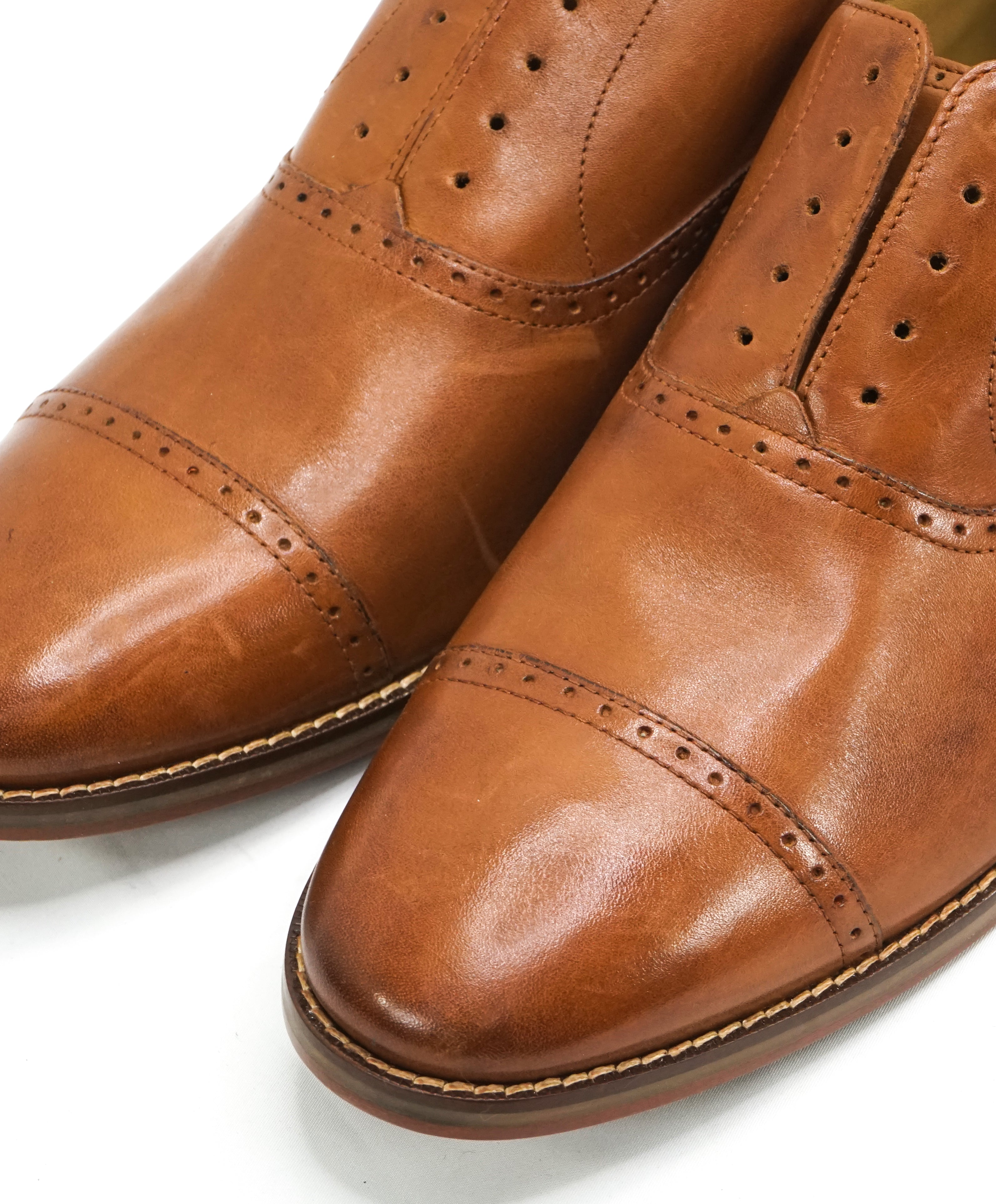 COLE HAAN - Brown Cap Toe Brogue Oxfords Burnished Tips - 10.5