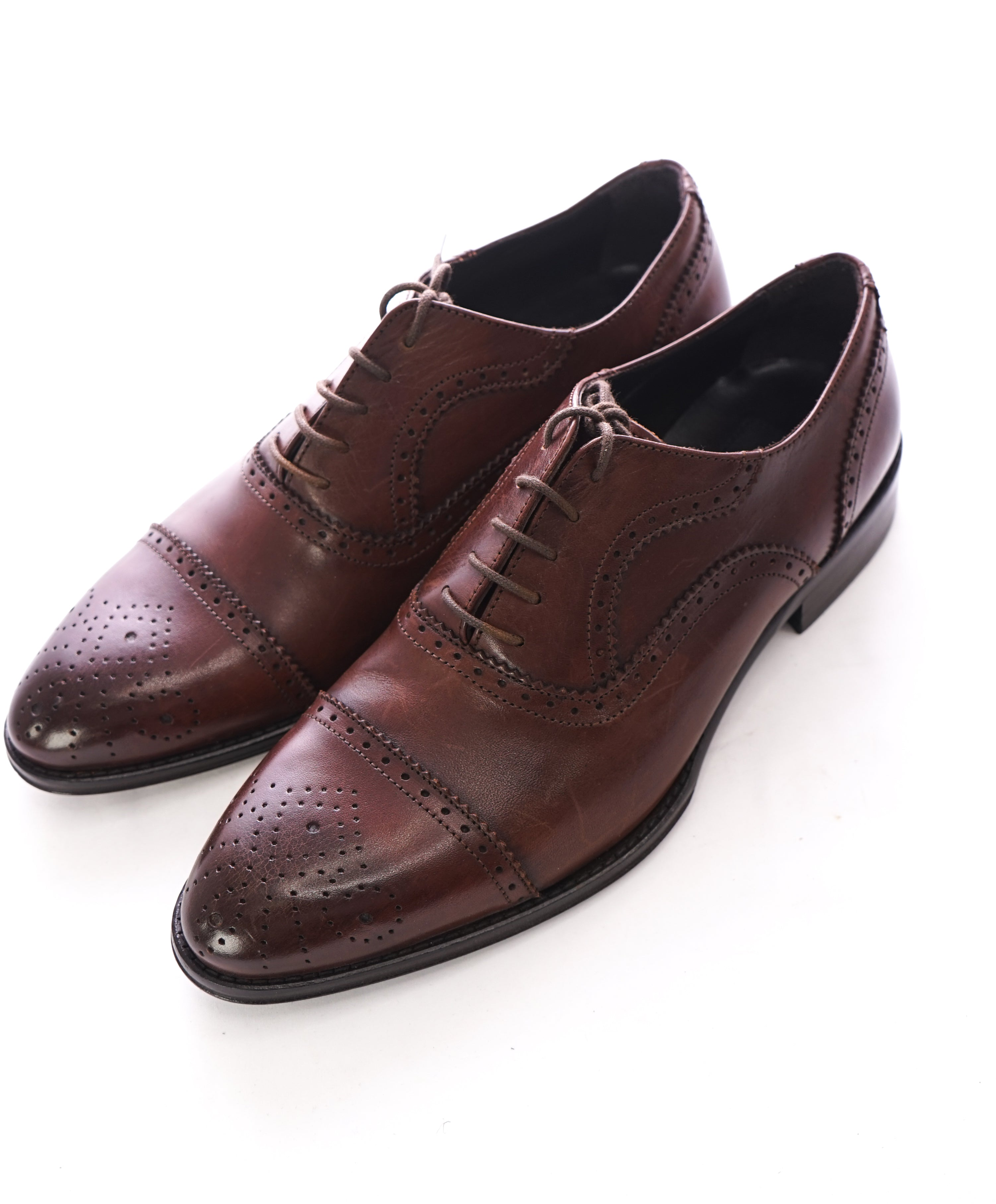 "TO BOOT NEW YORK - ""CAPOTE"" Brown Brogue Cap-Toe Oxfords - 8"