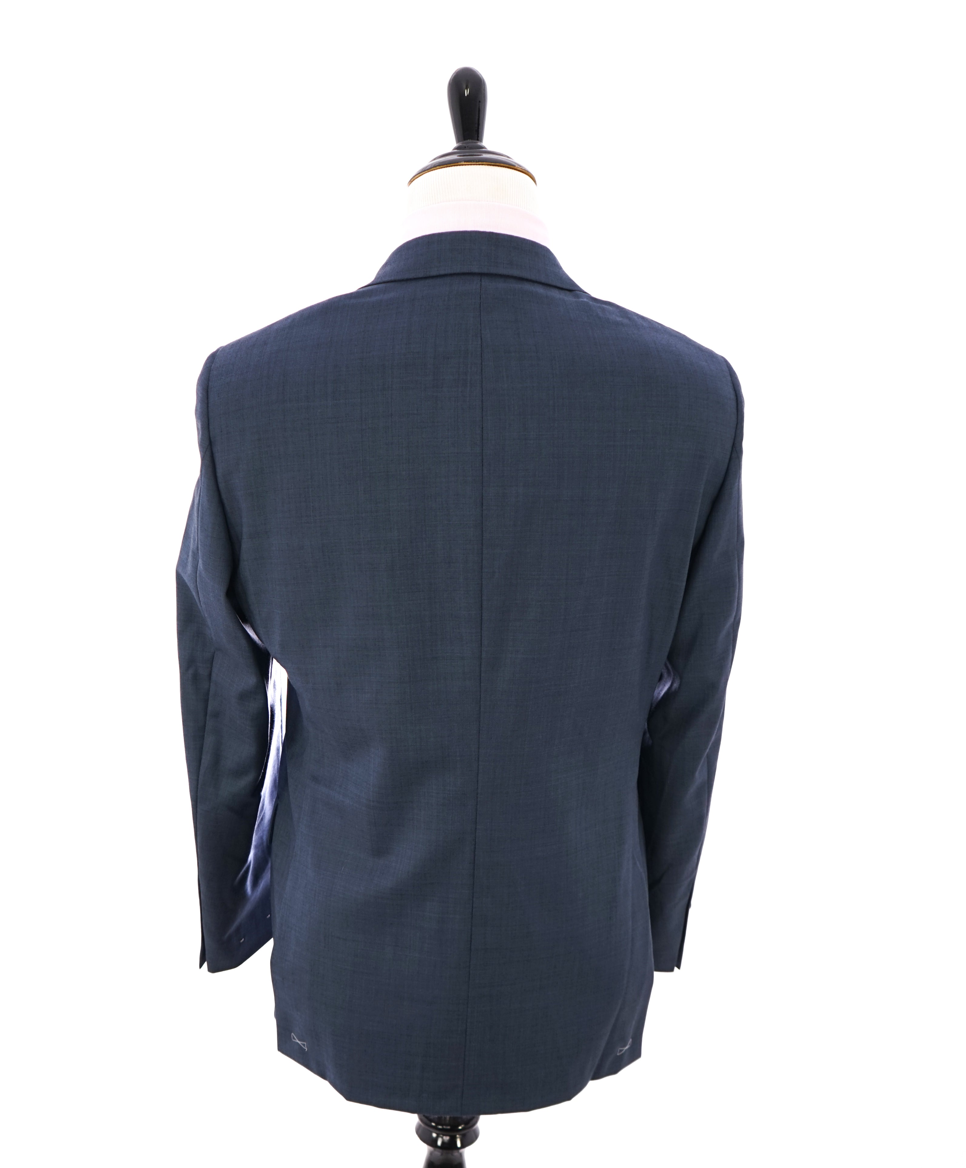 "HICKEY FREEMAN - Pastel Blue Textured Wool ""Milburn ii"" Suit - 40R"