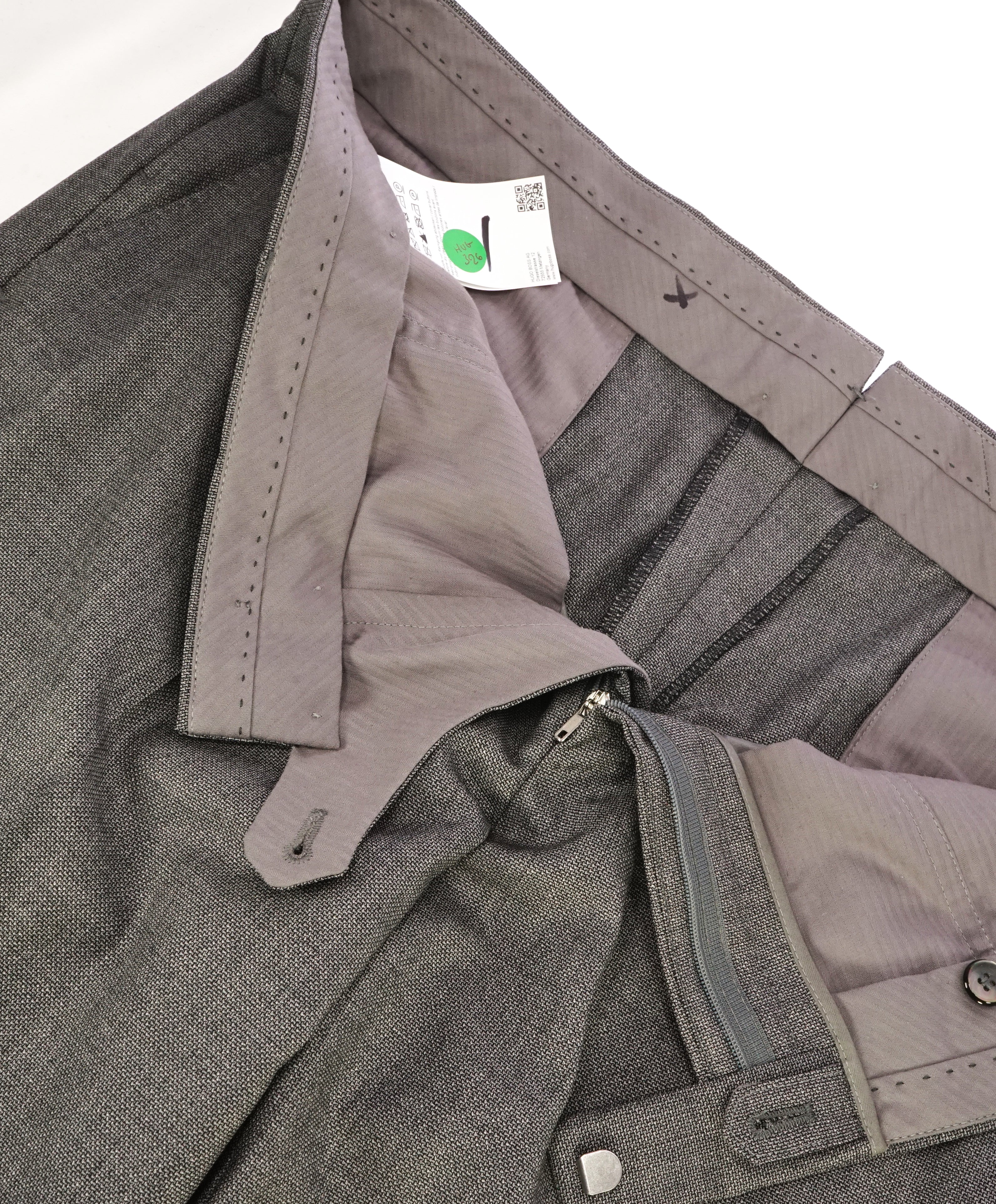 "HUGO BOSS - SILK Gray MOP Buttons ""T- Hacer/gage"" Flat Front Dress Pants - 40W"
