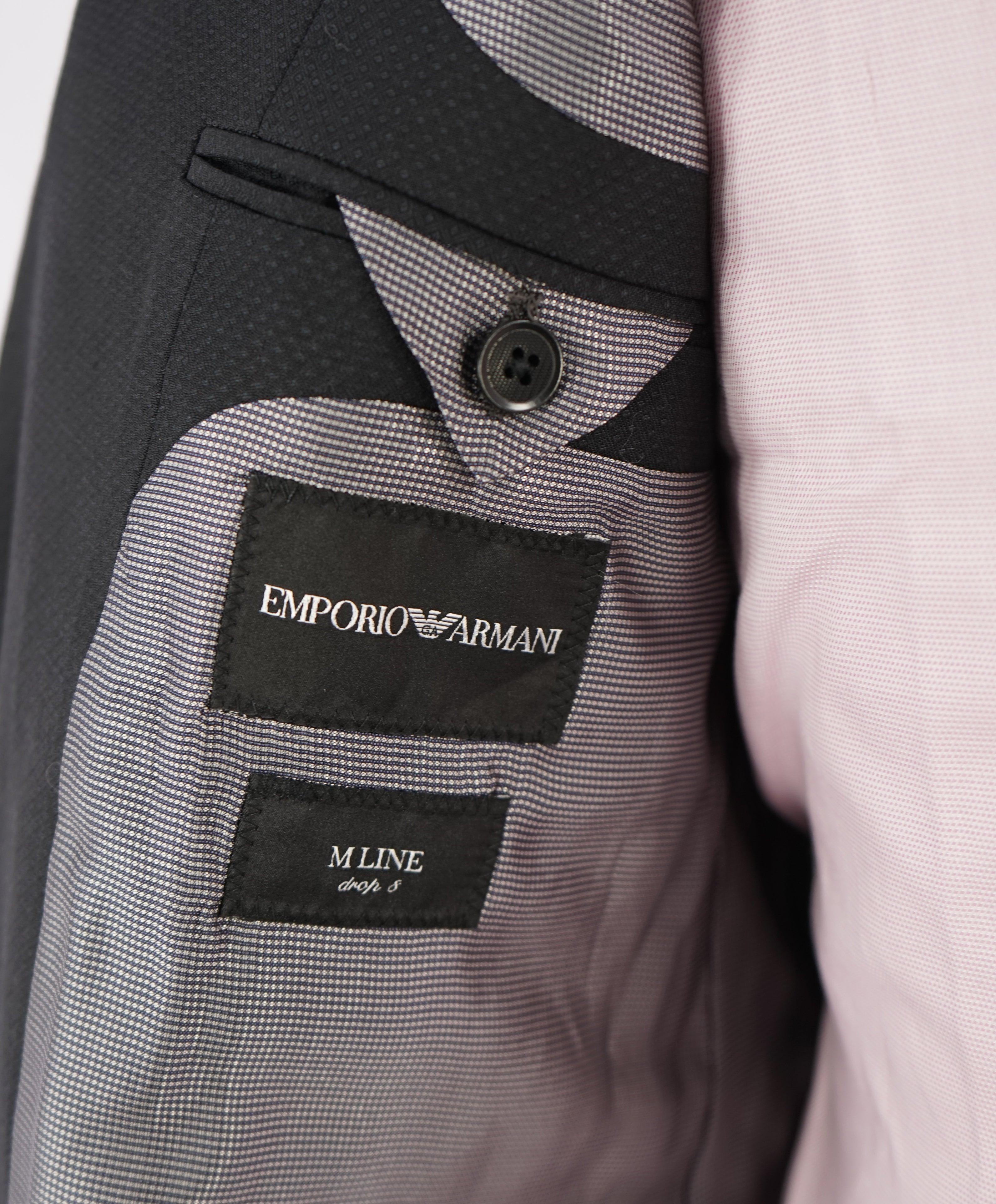 "EMPORIO ARMANI - ""M LINE"" Drop 8 Made In Italy Geometric 1-Button Suit - 48S"