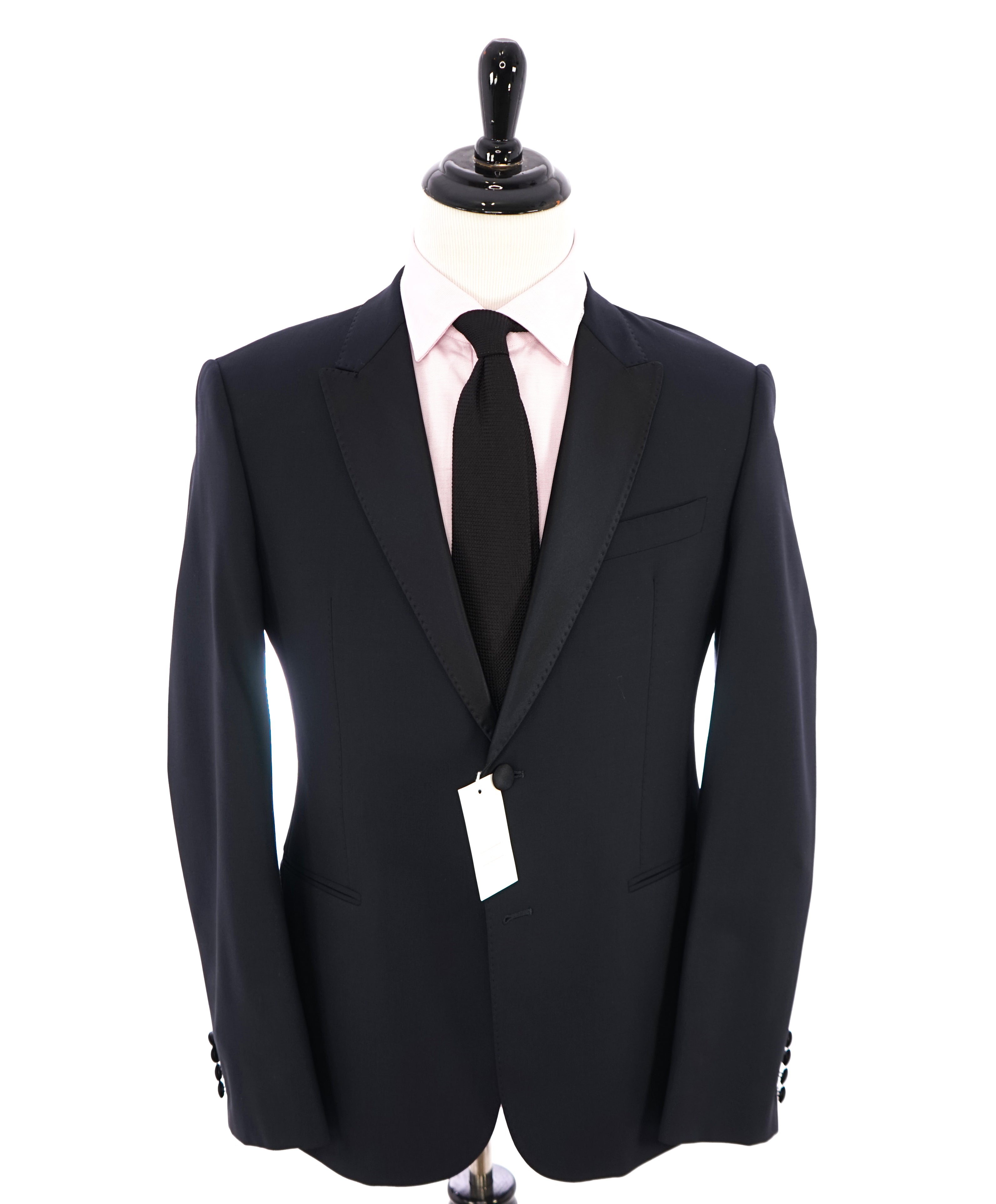 "ARMANI COLLEZIONI - ""M Line"" Blue Slim 1-Button Tuxedo Peak Lapels - 40R"