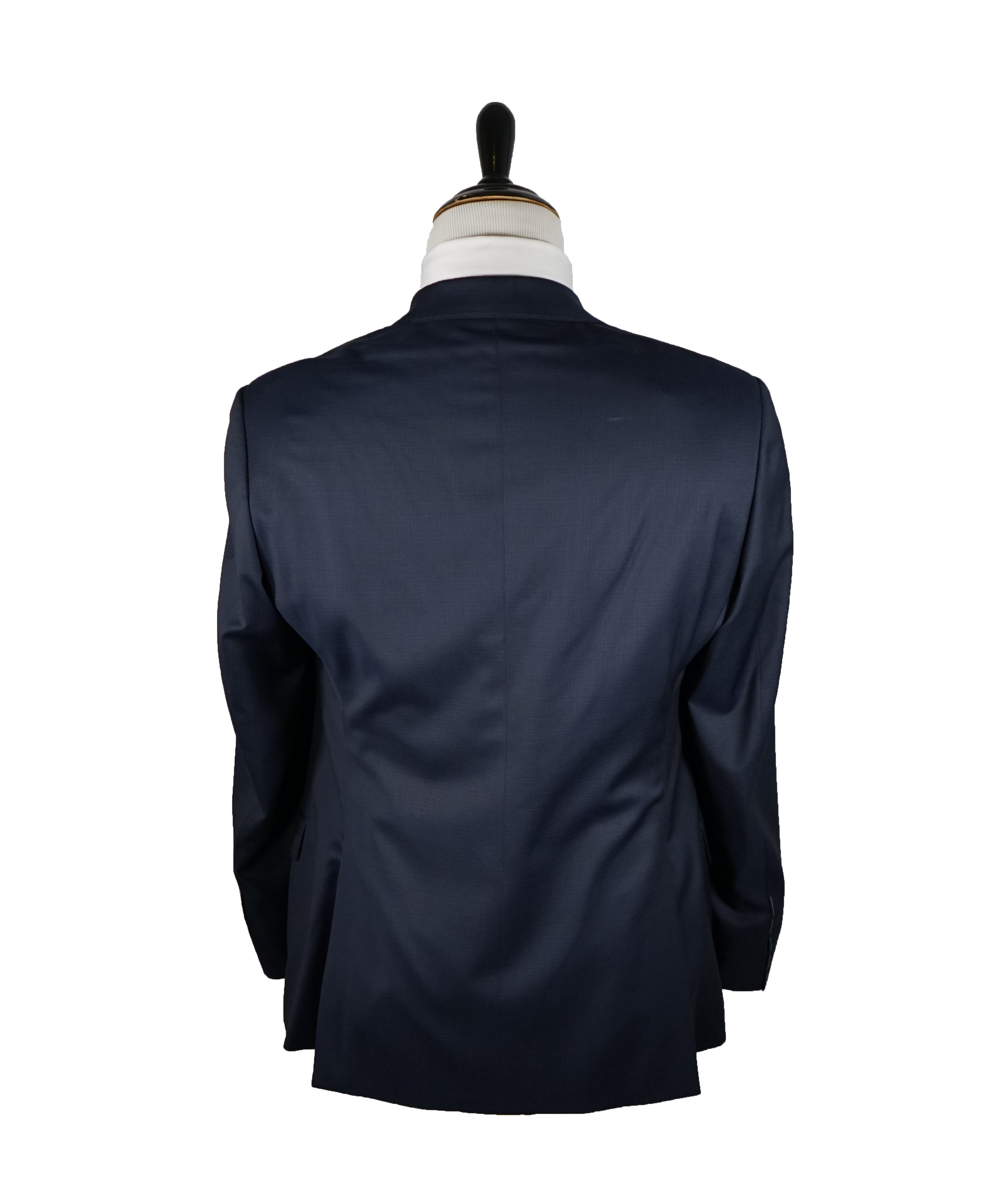 "GIORGIO ARMANI - Blue Check Basket Weave ""SOFT"" Collection Suit - 40R"