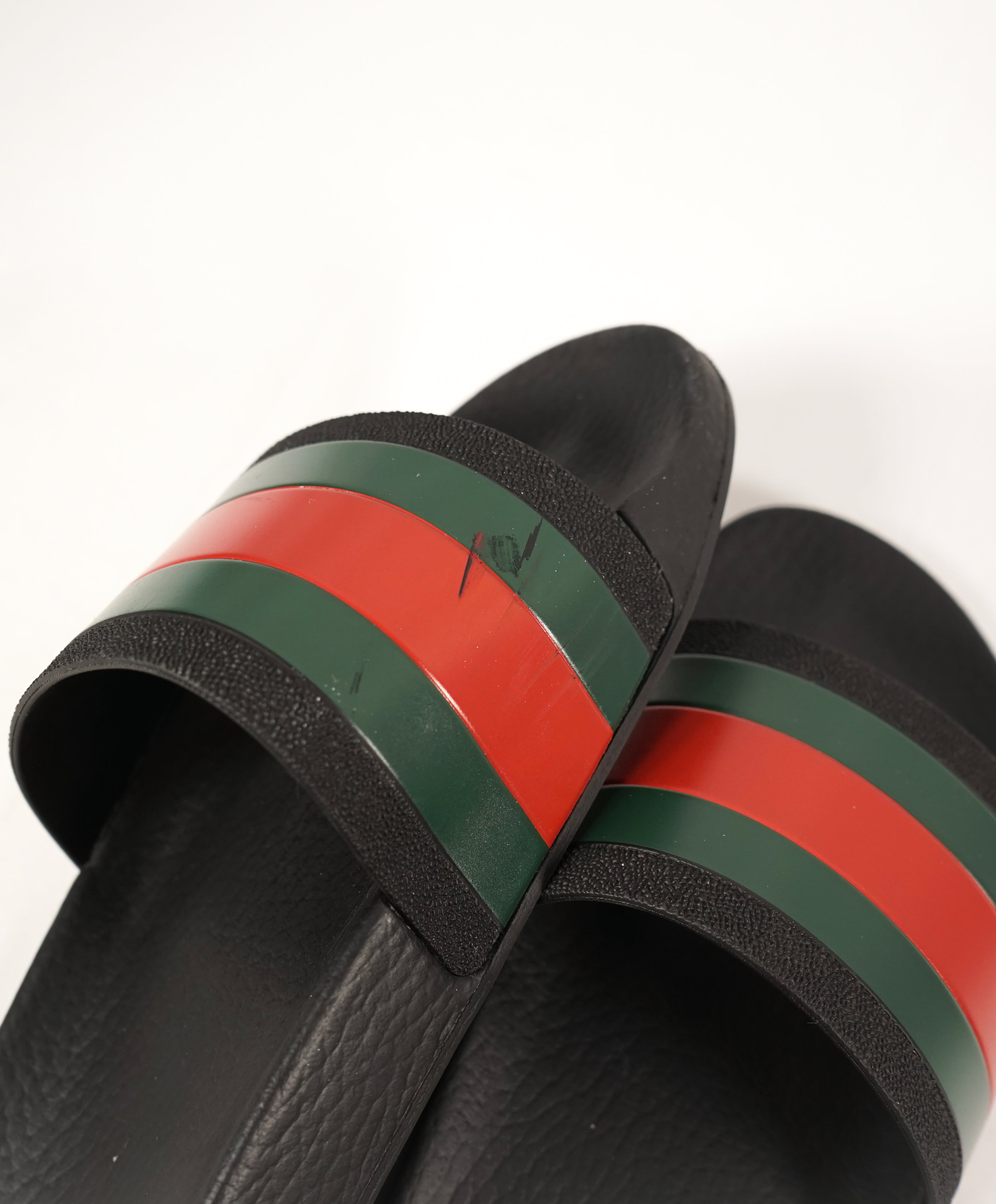 "GUCCI - Iconic Green & Red Stripe Slides ""Pursuit 72"" Slippers - 7"