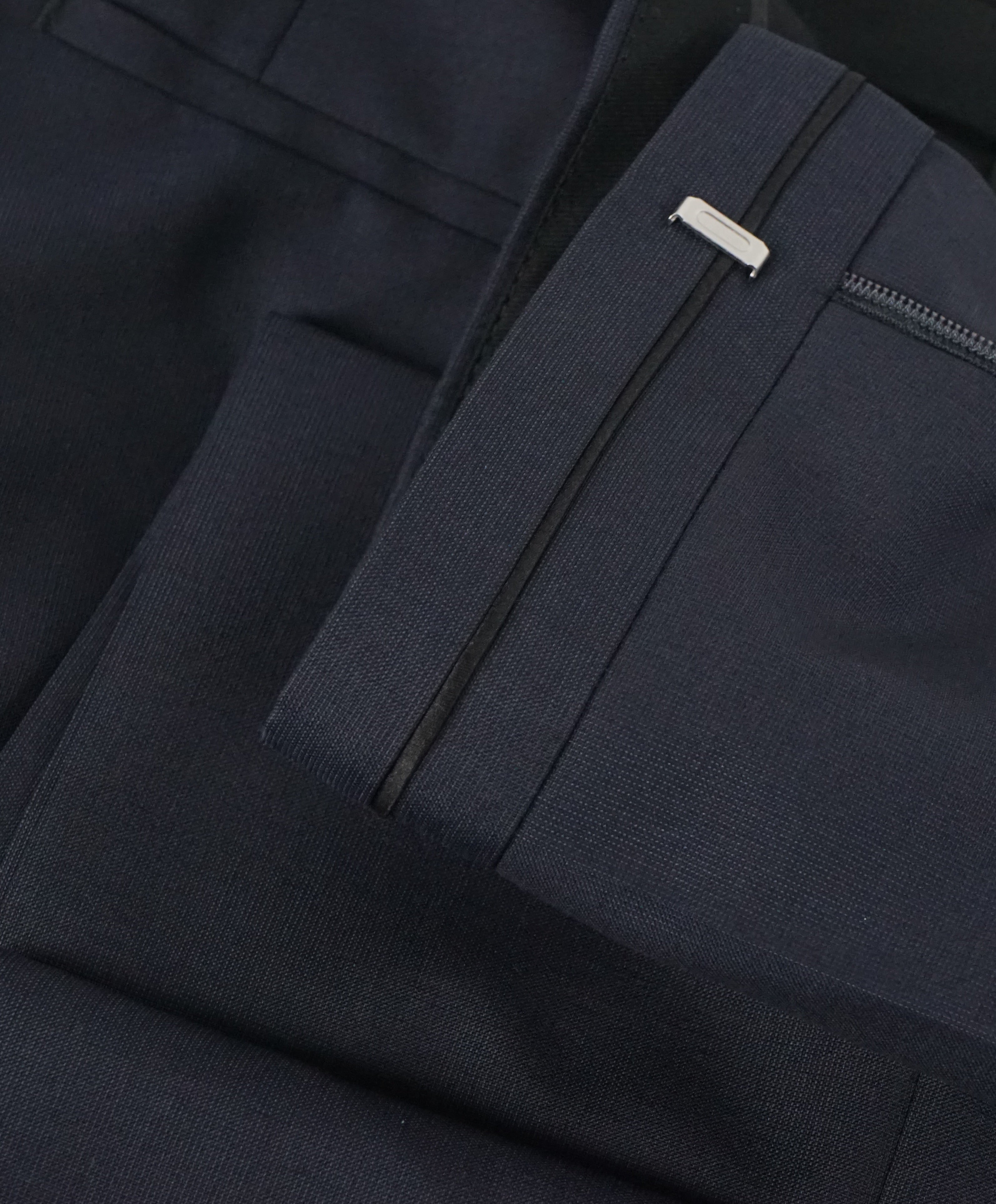 "HUGO BOSS - ""Henry/Glow"" Navy Slim Tipped Wool/Silk Dress Pants - 33W"