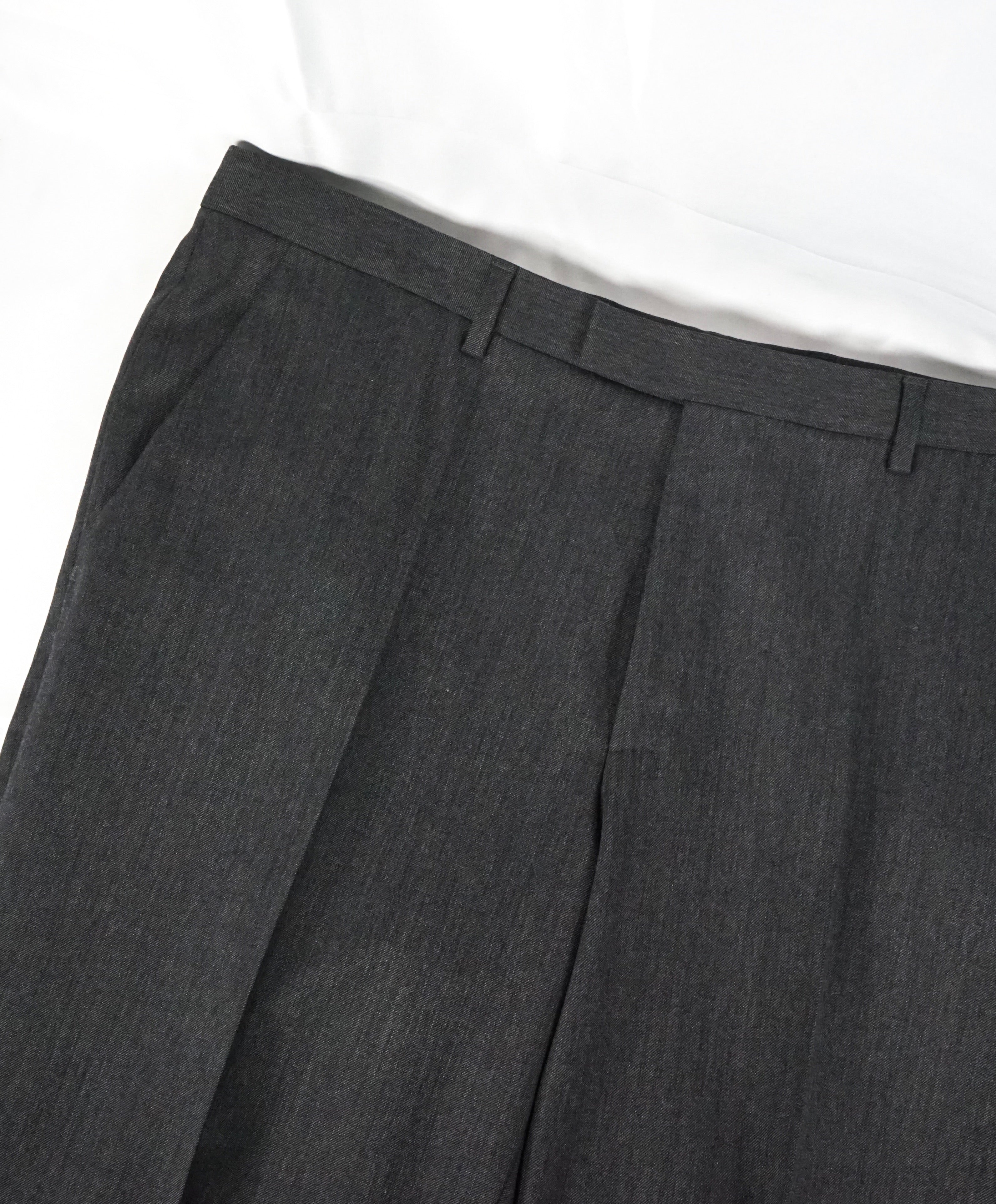 "HUGO BOSS - ""The Grand/Central US"" Gray Textured Wool Flat Dress Pants - 36W"