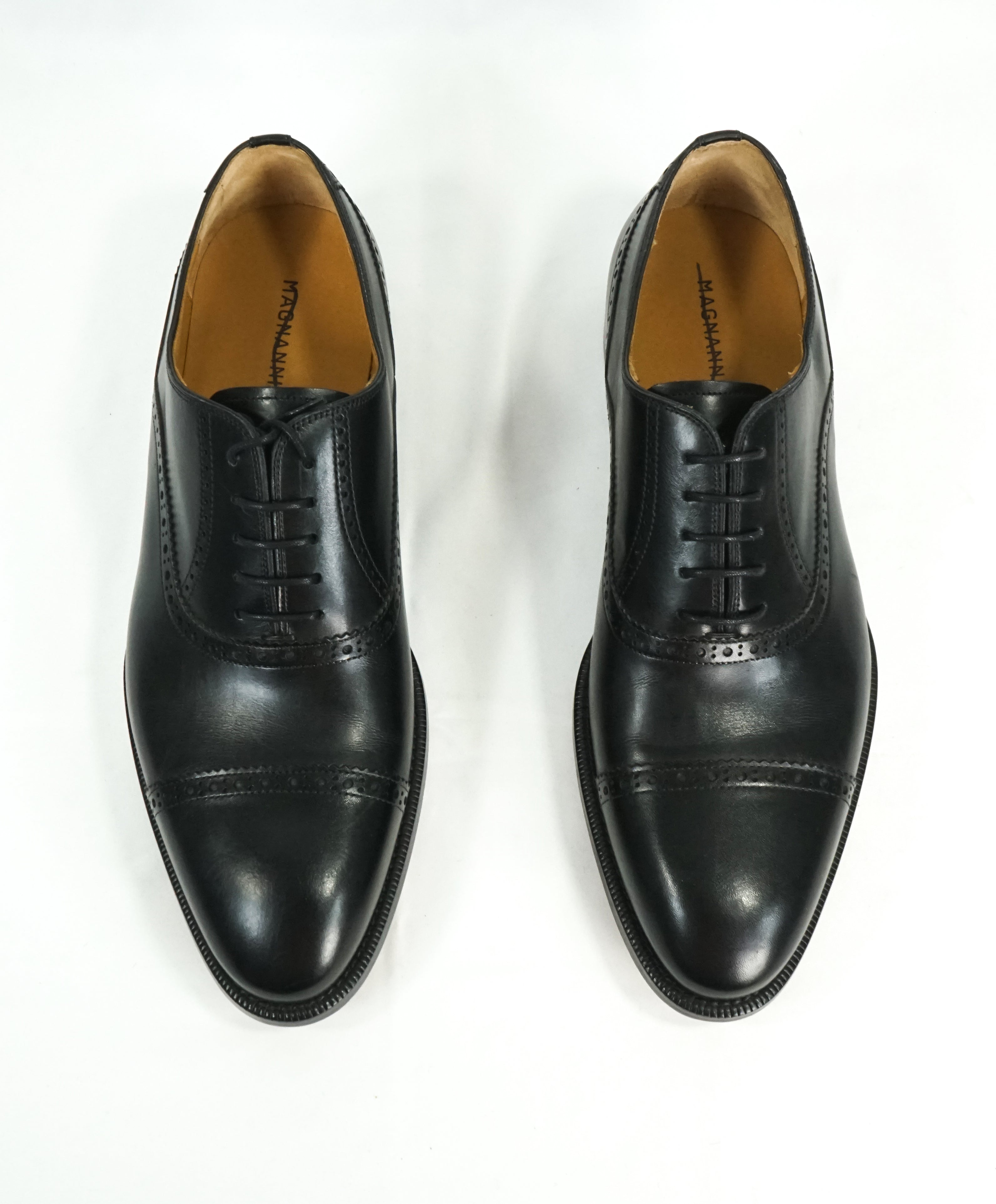 MAGNANNI - Cap Toe Black Brogue Oxfords With Leather Soles - 8
