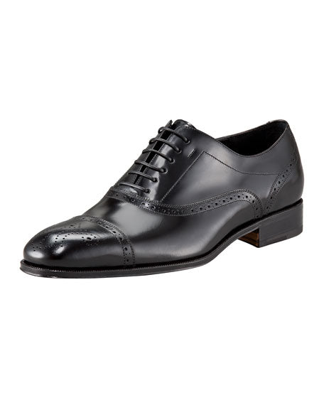 "SALVATORE FERRAGAMO - ""Caesy"" Black Cap Toe Brogue Oxfords - L7 R7.5"