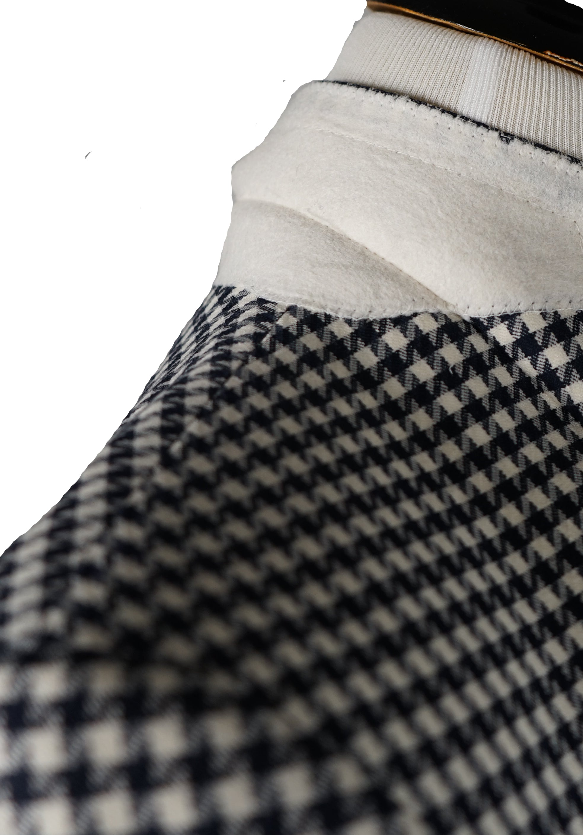 SAKS 5TH AVE BY HICKEY FREEMAN - Navy & Ivory Houndstooth Wool Blazer - 44R