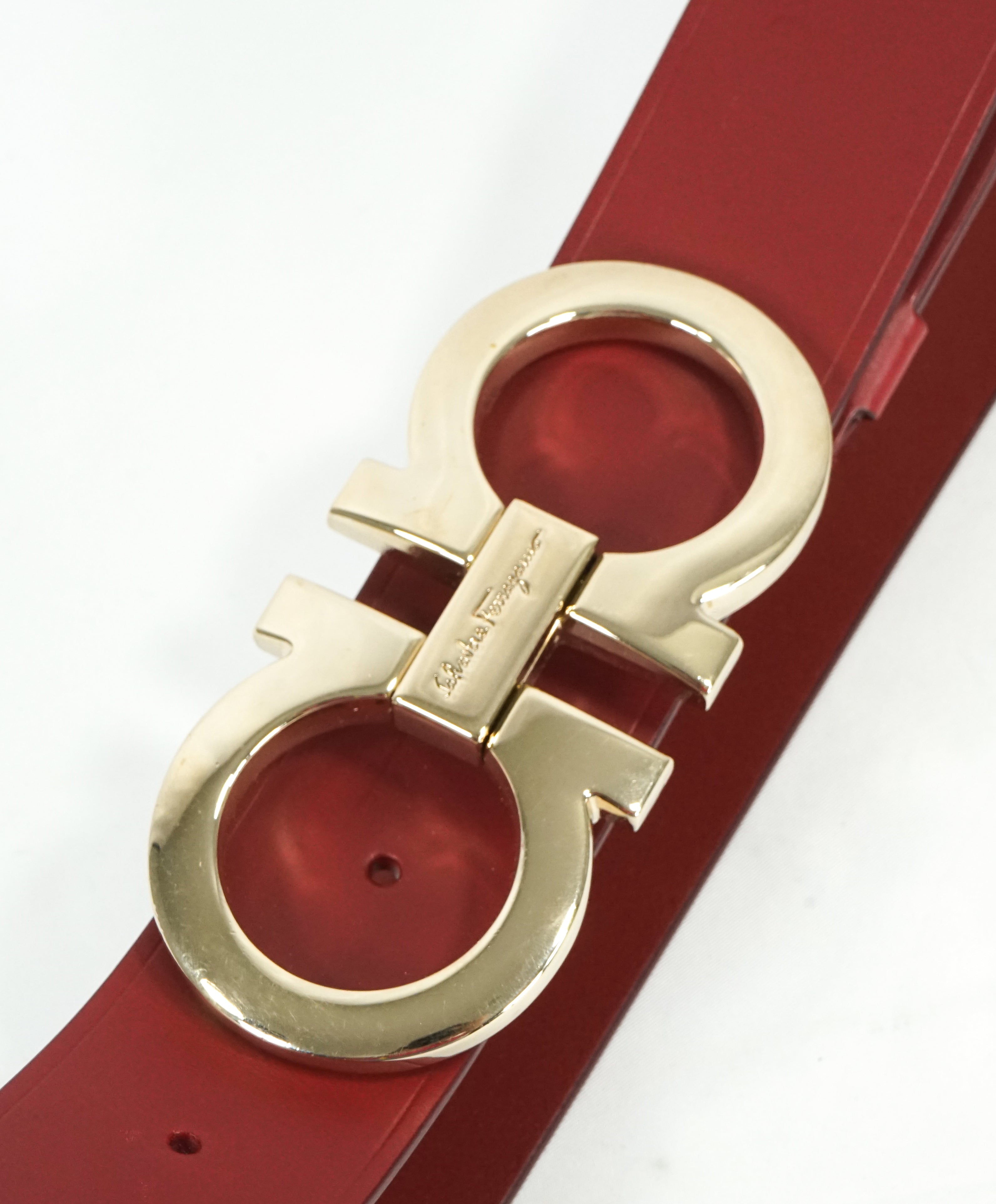 SALVATORE FERRAGAMO - Red & Gold Oversized Leather Gancini Belt - 38W