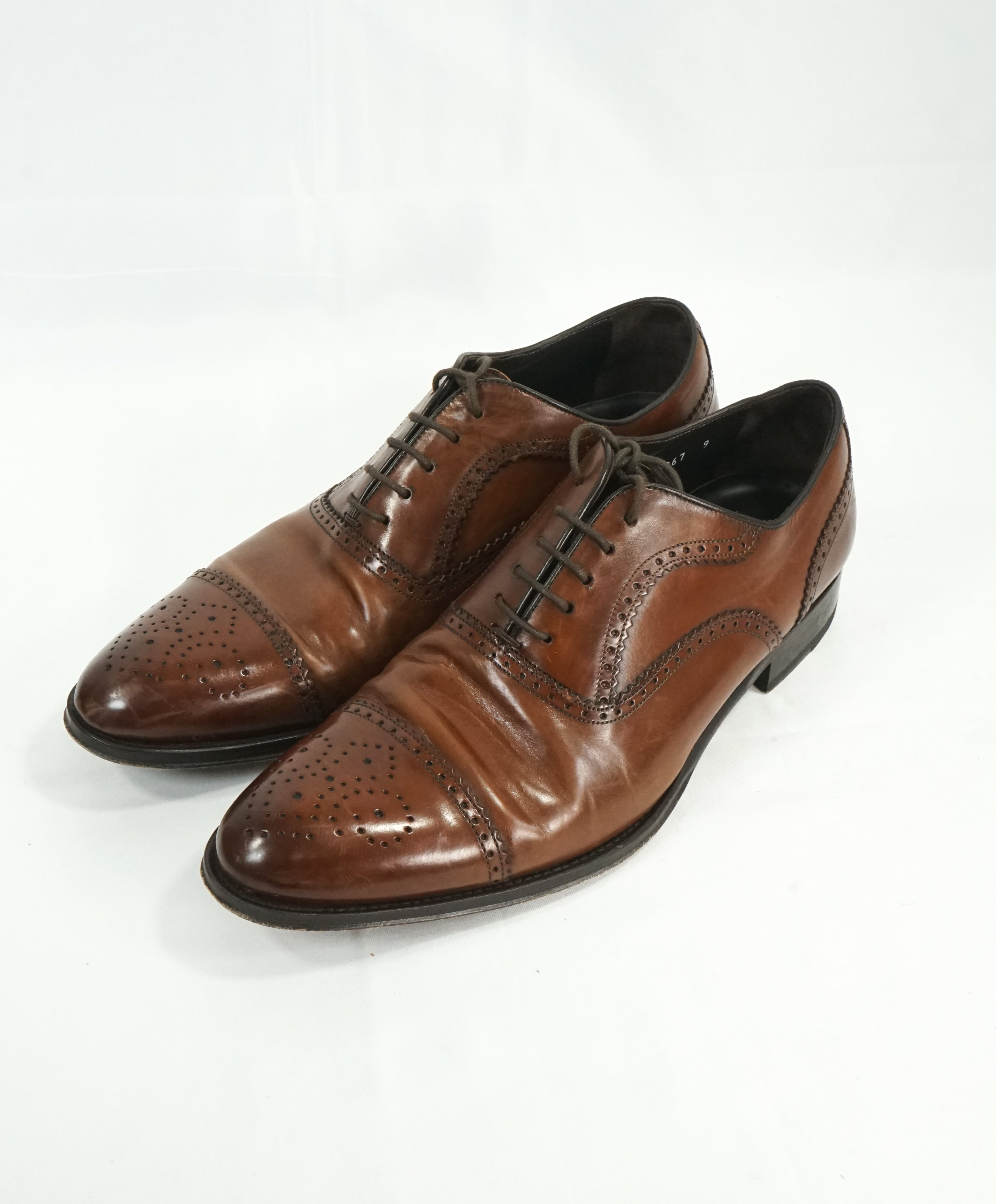 "TO BOOT NEW YORK - ""Capote"" Cap-toe Brown Brogue Oxfords- 9"