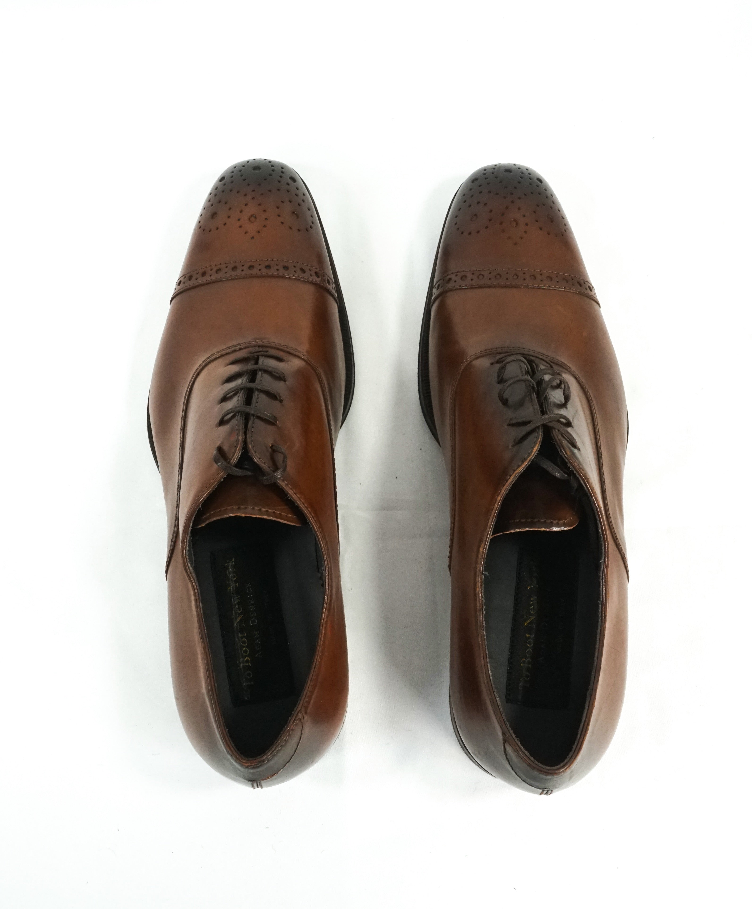 TO BOOT NEW YORK - Cap-Toe Brogue Oxford Brown With Slim Silhouette - 9