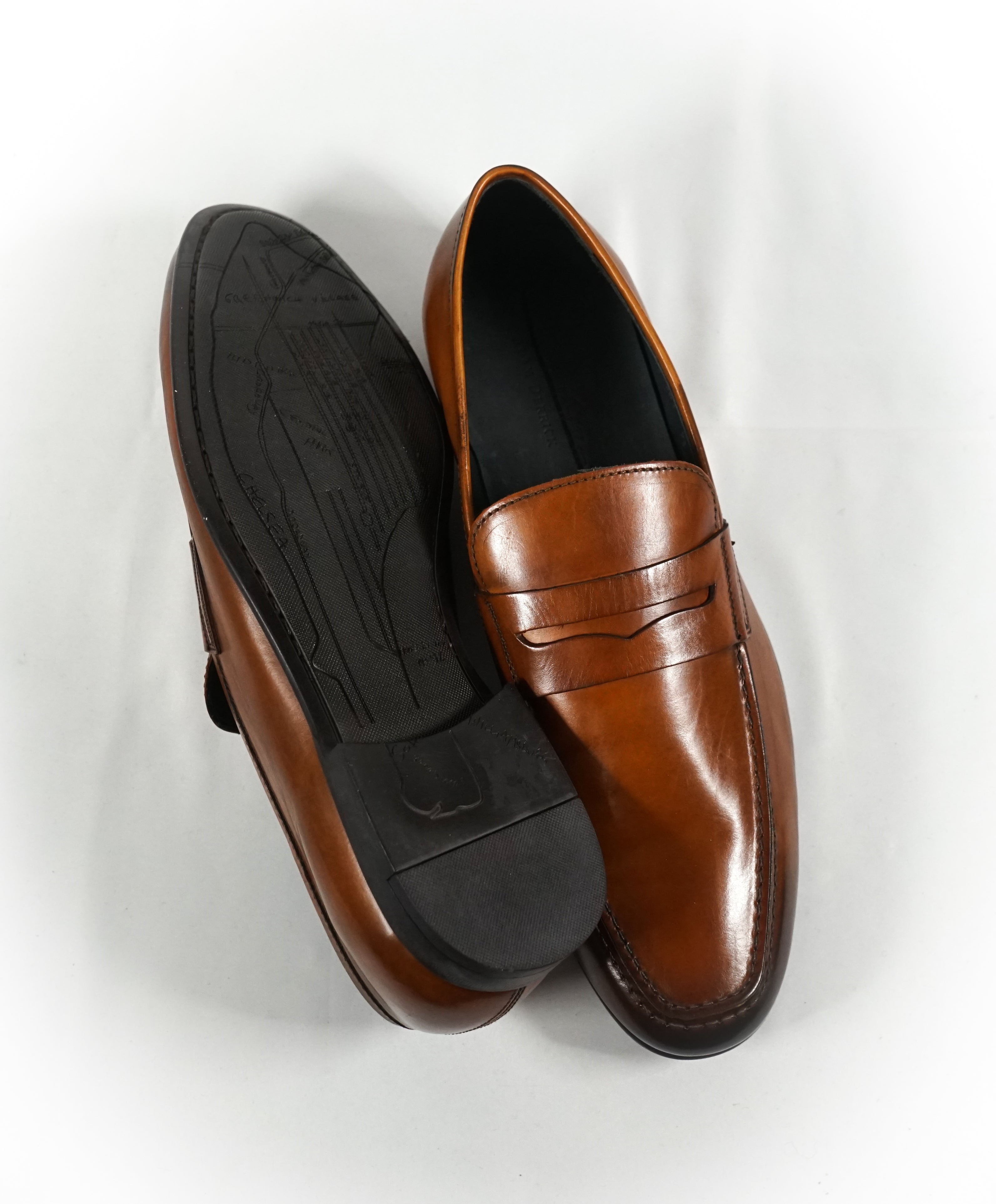 "TO BOOT NEW YORK - ""Pieter"" Burnt Tip Brown Patina Penny Loafers - 9.5"