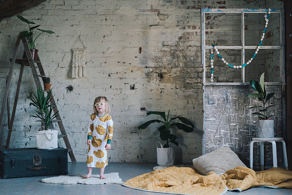 Slaapkleed Kids | Loll Dress -  Monstera Mustard