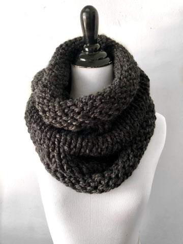Neckwarmer in Charcoal