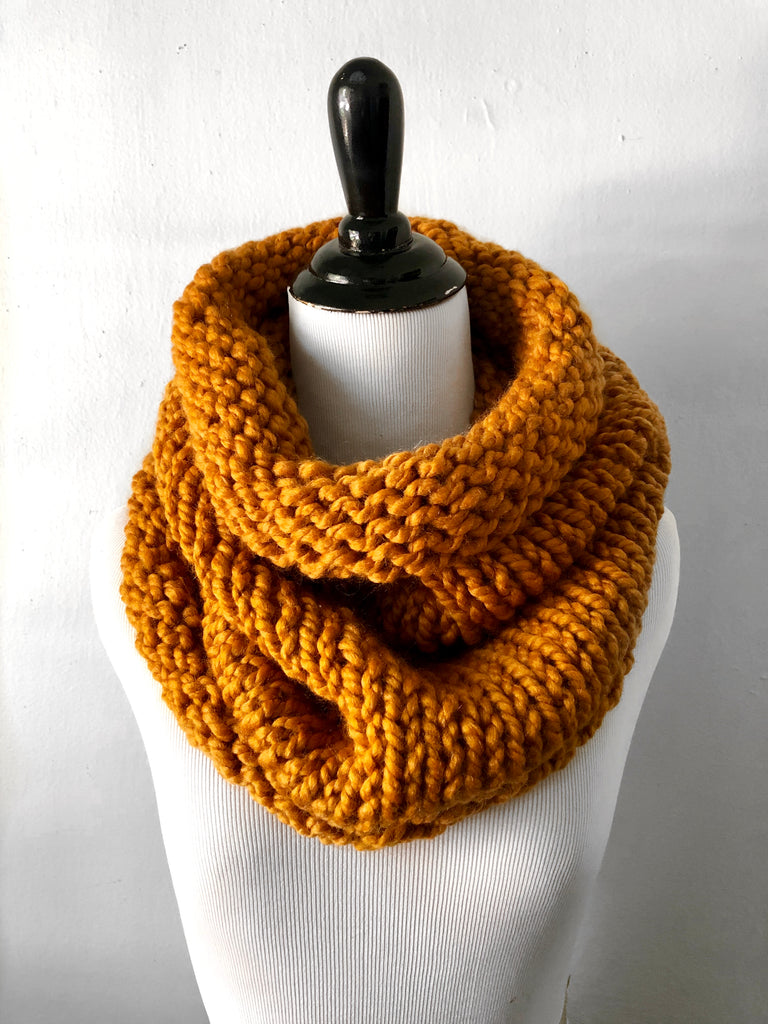 Neckwarmer in Butterscotch