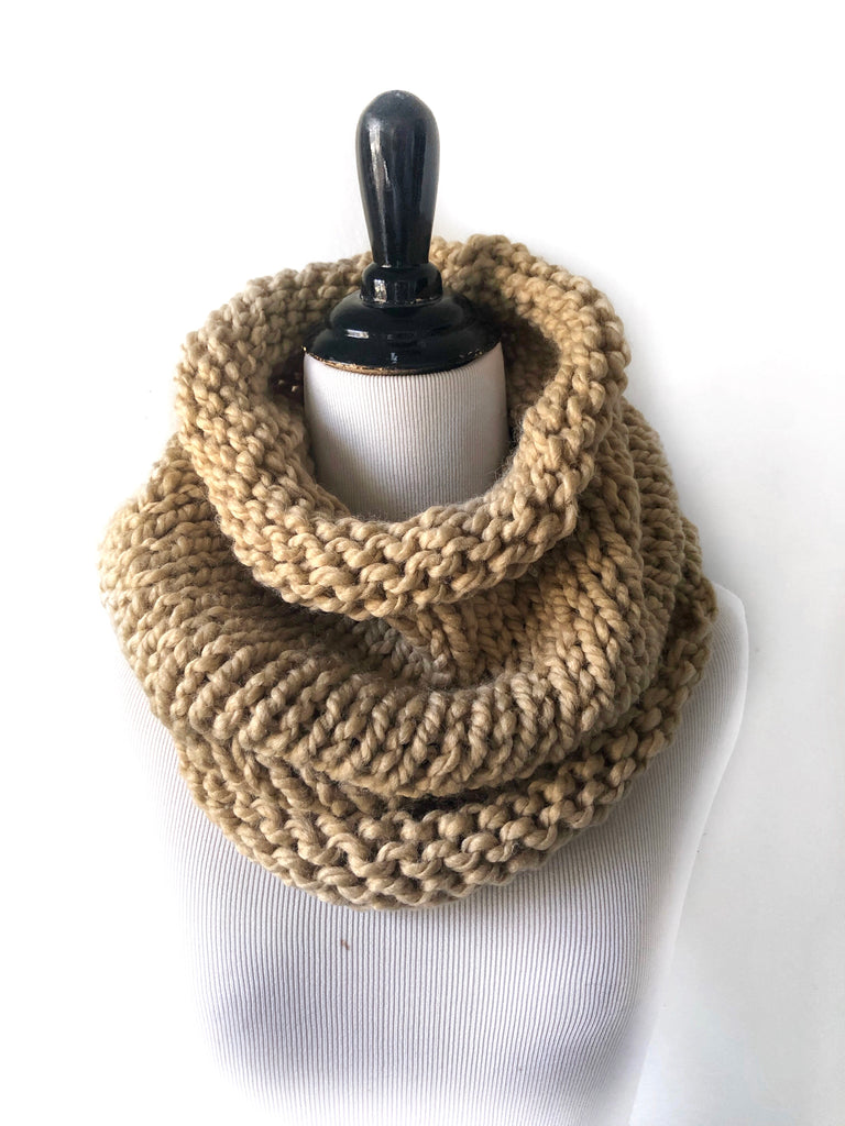Neckwarmer in Linen
