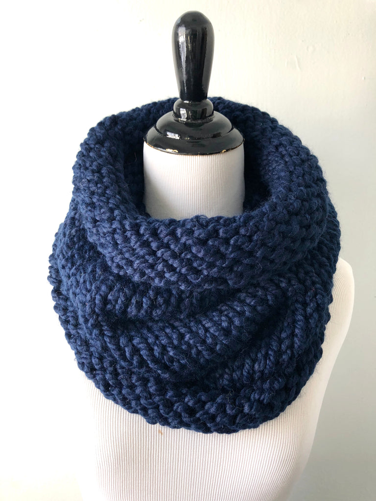 Neckwarmer in Midnight Blue, Scarf, Nickichicki - Nickichicki
