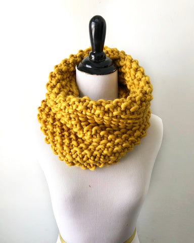 Merino Wool Bubble Fluff Cowl in Gold, Scarf, Nickichicki - Nickichicki