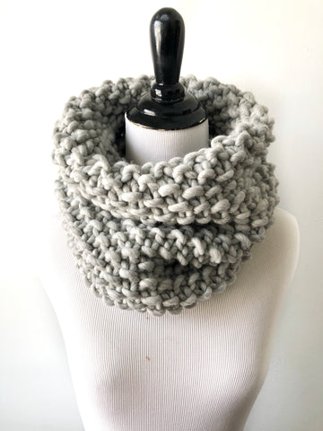 Merino Wool Bubble Fluff Cowl in Silver