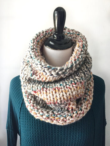 Neckwarmer in Autumn Rainbow, Scarf, Nickichicki - Nickichicki