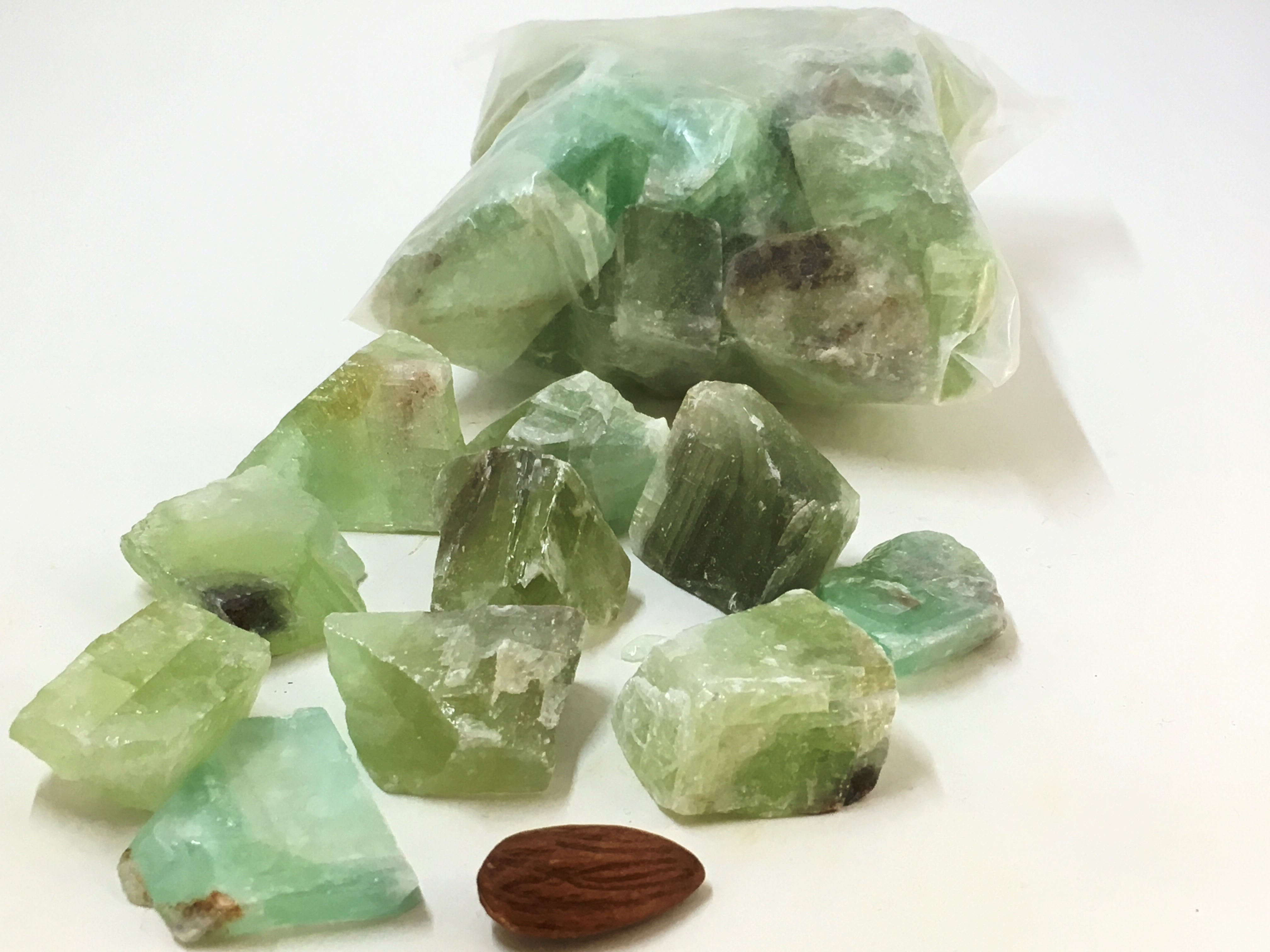 Calcite: Green RAW (26pc/bag)