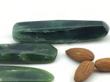 Kyanite Green: Blades XLarge