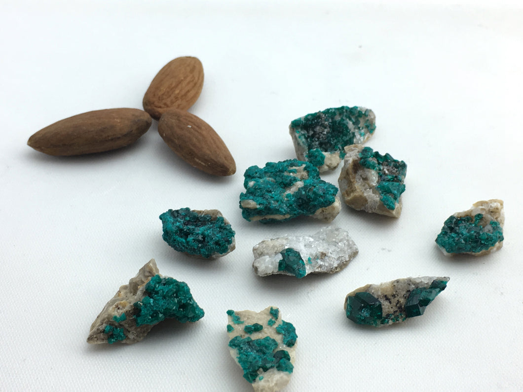 Dioptase: Raw (8pc/bag)