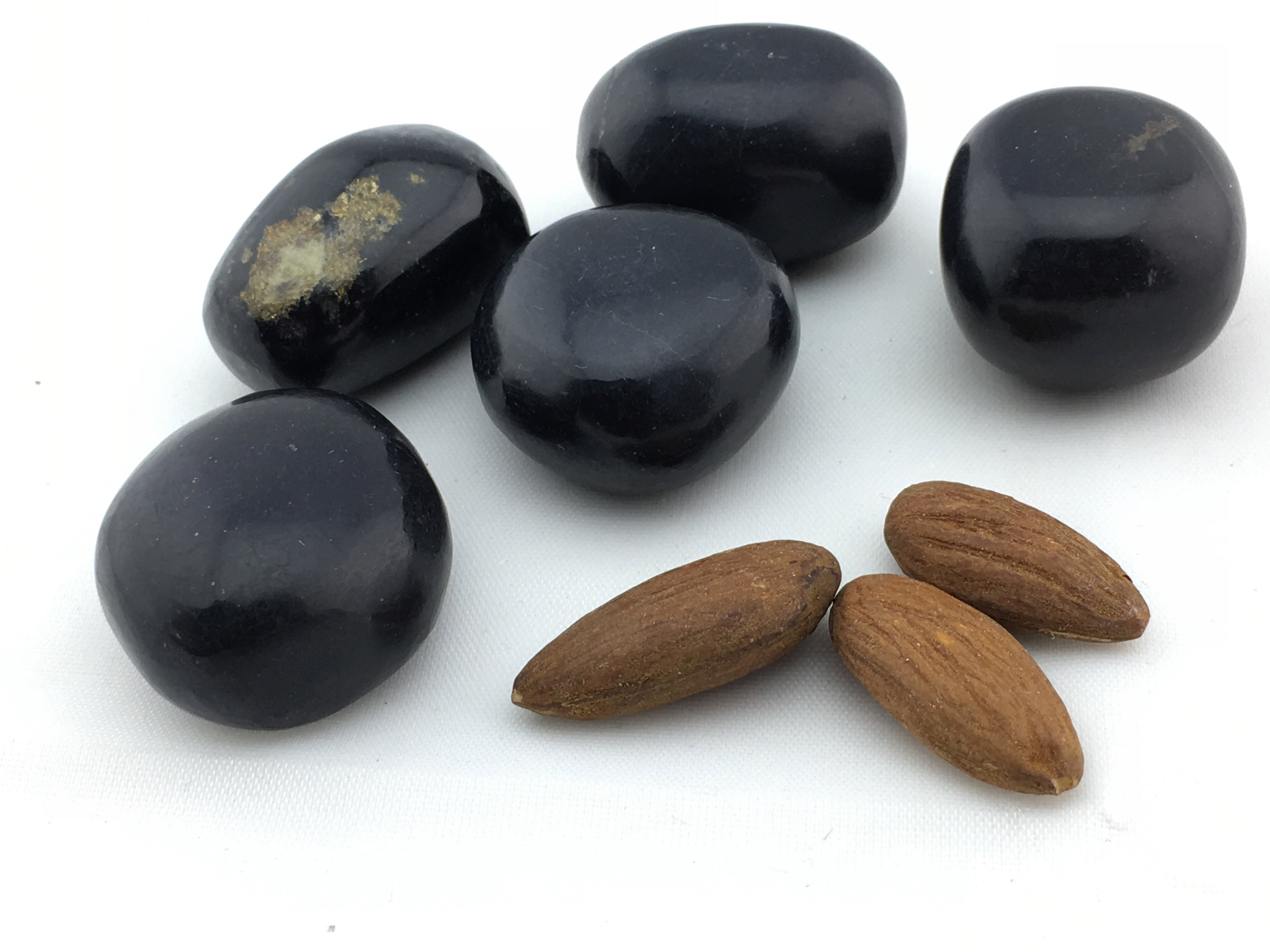 Onyx:  Black Tumbled (11pc/bag)