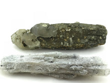Quartz: Magnetite Point