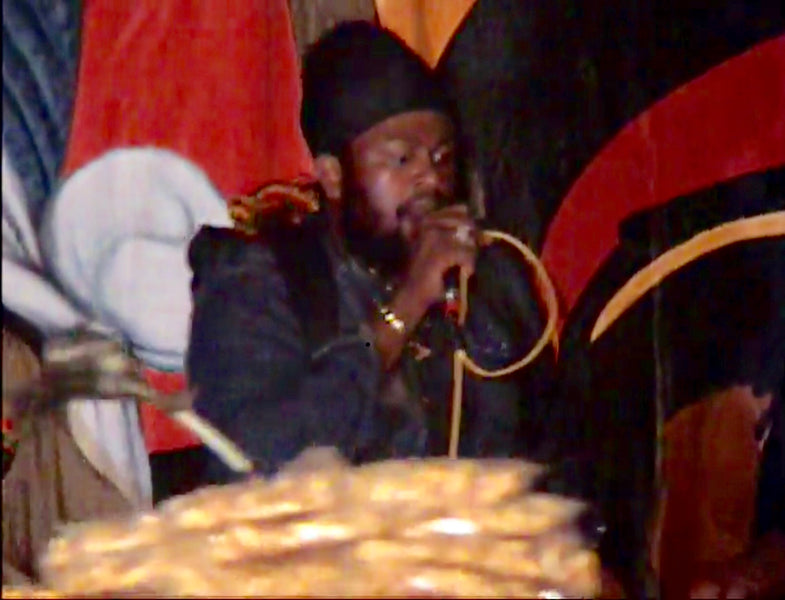 War Bruk Out and Fantan Mojah Get MAD in Judgement Yard * Big Up Sizzla Kalonji *