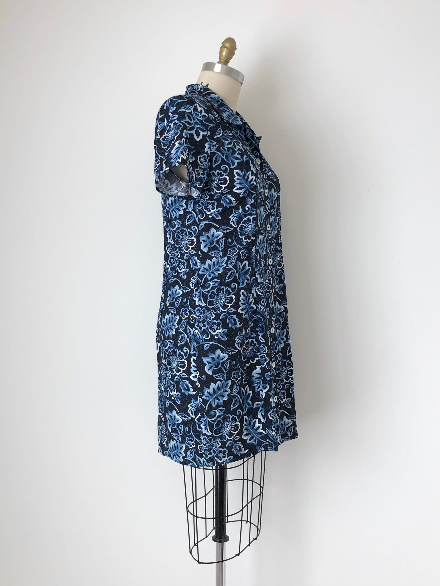 Women's Vintage 90s Black and Blue Floral Print Rayon Dress by Paul Harris Design | Size Large | Canary Club Vintage