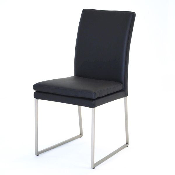 DANIELLA CHAIR