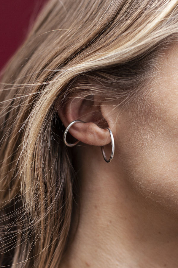 Yoko double ring earcuff gold