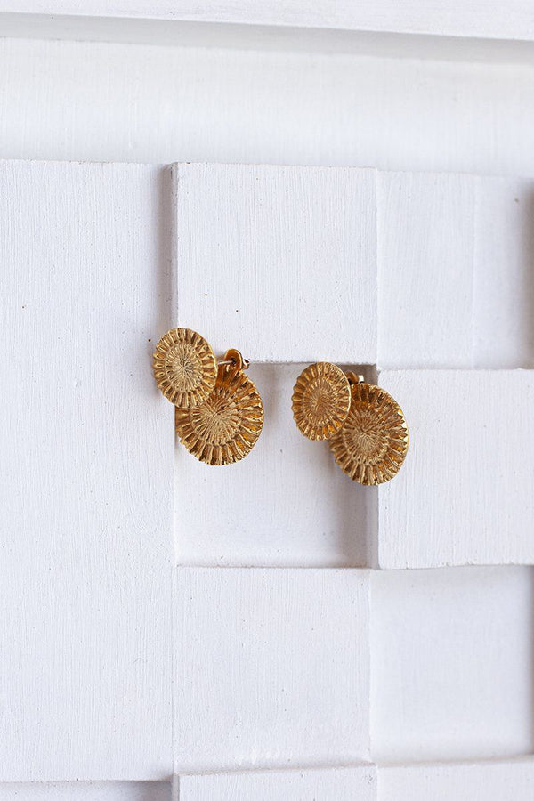 Amare earrings