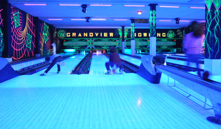 glow in the dark bowling