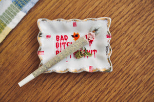 BAD BITCHES RUN THIS SHIT Ashtray