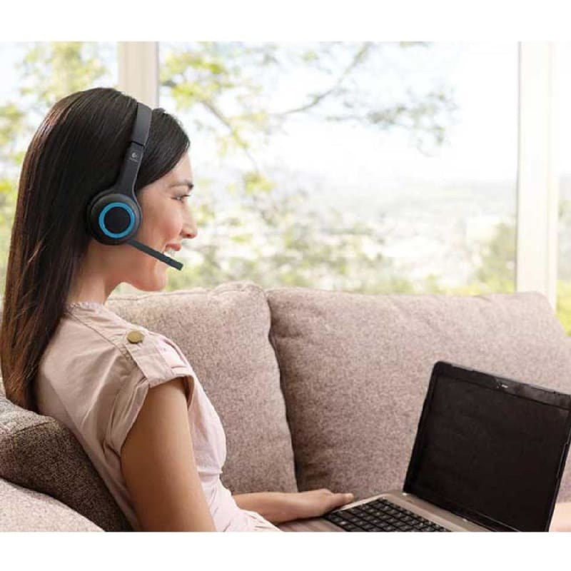 Logitech® H600 2.4 GHz Wireless Headset Over Head Design