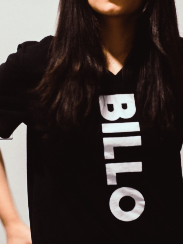 VERTICAL BILLO ON BLACK TEE - V NECK