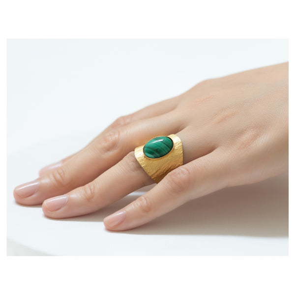 NEZA Adjustable ring Malachite stone