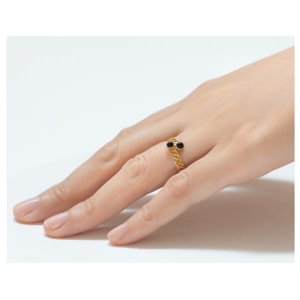 Halley Adjustable Black Ring