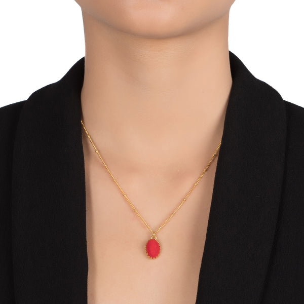 MEDICIS Vintage-inspired necklace red