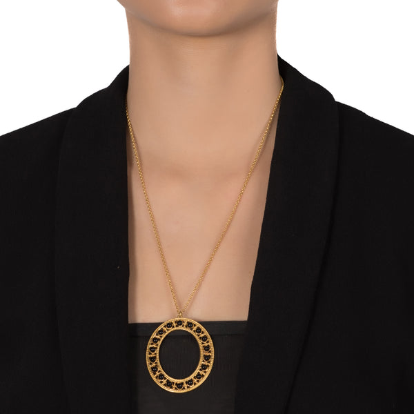 COLOMBINE Statement Vintage-Inspired Pendant Necklace Black