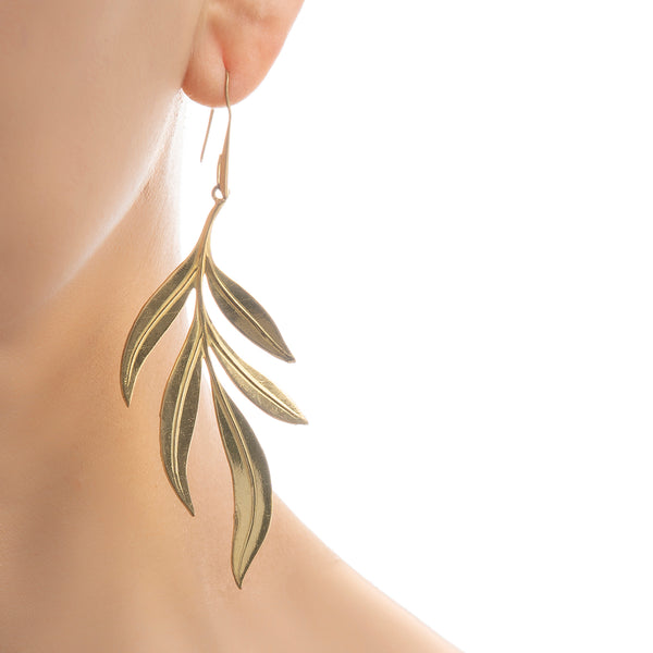NOELIE Gold metal leaves Earrings