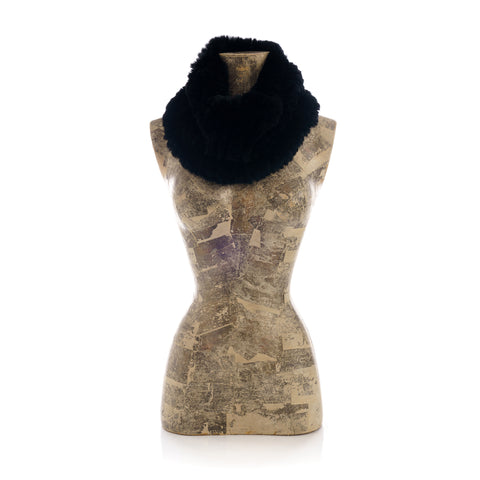 MERIBEL black round knitted  scarf